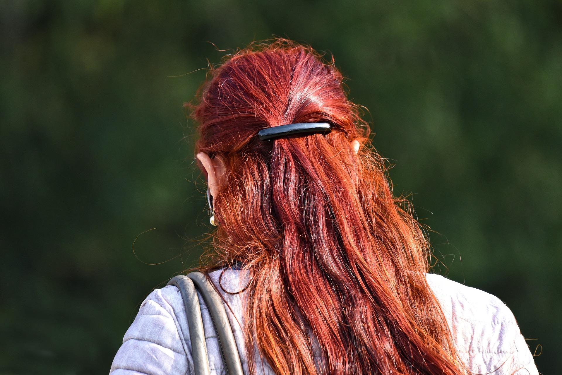 Farbowanie włosów u fryzjera ile kosztuje