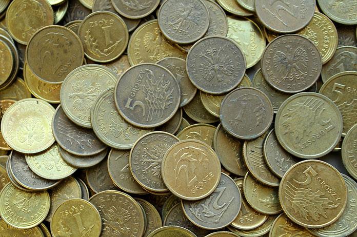 Czym płacono na ziemiach polskich przed wprowadzeniem złotego